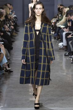 Jason Wu Fall 2016 Ready-to-Wear Collection Photos - Vogue