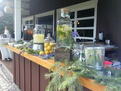 Beverage Dispensers & Stands
