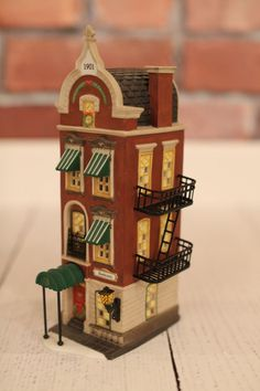 Dept 56 Christmas in the City Village - BEEKMAN HOUSE - MIB
