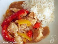 pollo con salsa pimientos