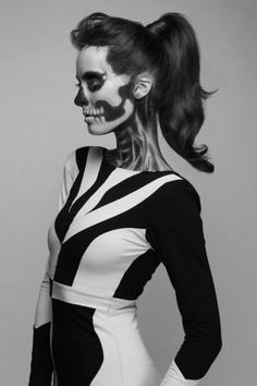 Costume Ideas - Face paint skeleton costume