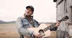 "Easton Corbin Stays True To His Roots With New Single ""Somebody's Gotta Be Country"" Easton Corbin, Dustin Lynch, Justin Moore, Jake Owen, Brantley Gilbert, Dierks Bentley, Thomas Rhett, Florida Georgia Line, Scotty Mccreery"