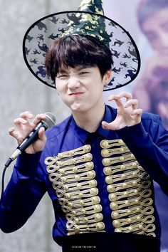 Yoongi and the Halloween spirit. The cuteness is certainly some sort of sorcery.