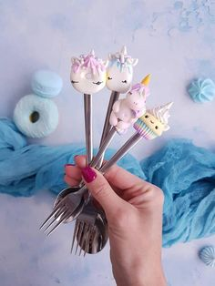Check out this item in my Etsy shop https://www.etsy.com/listing/589904607/unicorn-polymer-clay-personalise-cutlery