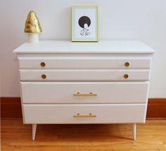 vintage restored 3 drawers dresser
