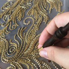 The Latest Trend in Embroidery – Embroidery on Paper - Embroidery Patterns Hand Embroidery Dress, Bead Embroidery Patterns, Tambour Embroidery, Embroidery On Clothes, Couture Embroidery, Types Of Embroidery, Paper Embroidery, Embroidery Fashion, Hand Embroidery Designs