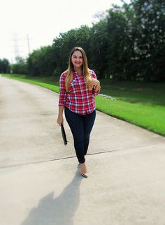 Plaid + Denim up on the blog this week at www.alicemarieh.com #fallfashion #plaid #denim #skinnyjeans #red #ombre #darklips