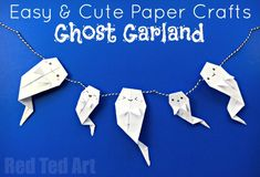 Easy Origami Ghost! These paper ghost are quick to learn how to make and are perfect as Paper Halloween Banners, Garlands and Bunting!