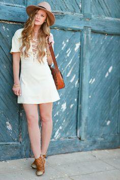 Lace Up Dress | Upbeat Soles | Orlando Florida Fashion Blog