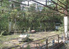 Oekraïne! Vreemdelingenszone, 30km nabij Tsjernobyl, de verlaten stad.