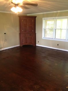 Particle board floor. House Plans, Woodworking Projects Plans, Paint Your House, Flooring, Shed Plans, House, Particle Board, Home Projects, Particle Board Floor