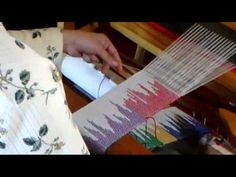 Clasped weft weaving; the video that made me AHA!