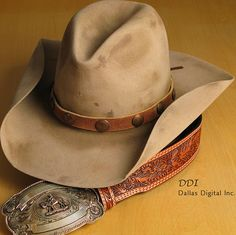 Now, that's a cowboy hat! One of a kind Stetson Cowboy Hat purchased from Kemo Sabe in Aspen, Colorado. Cowboy Up, Cowgirl Hats, Western Hats, Cowboy And Cowgirl, Western Outfits, Western Wear, Cowboy Boots, Sombrero Cowboy, Cowboy Hat Styles