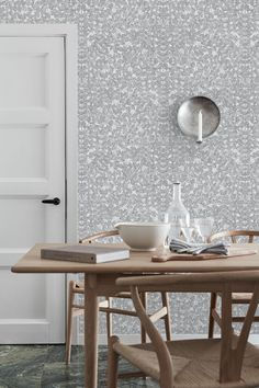 Design by Viola Gråsten - Romans #1766 #borastapeter #scandinaviandesigners #wallpaper