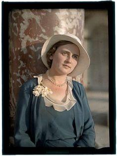 "Unknown portrait named ""Maria"" Karel Šmirous (1890–1981)  Filmcolor 9×12 cm, 1929 – 1955 Owner of the original autochrome: National Technica..."