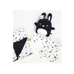 Black and white mini style! Rock Style, Monochrome, Kids Rugs, Lovers, Black And White, Mini, Home Decor, Decoration Home, Rocker Style