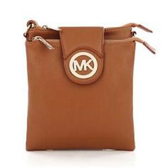 High Quality Michael Kors Fulton Pebbled Large Brown Crossbody Bags Is The Symbol Of The Top Social Status! Fashion,Michael Kors Handbags 2014 Designer,Disount Michael Kors Bags for Cheapest Prices Coach Purses, Coach Bags, Purses And Bags, Coach Shoes, Michael Kors Fulton, Michael Kors Outlet, I Love Fashion, Women's Fashion, Fashion Bags