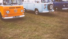 Photo by Clem Onojeghuo on Unsplash Antique Photos, Vintage Pictures, Retro Cars, Vintage Cars, Antique Cars, Retro Vintage, Boutique Accessoires, Automobile, Car Volkswagen