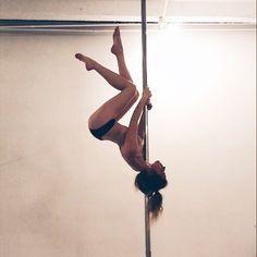 Best Ideas For Pole Dancing Beginner Motivation Pole Fitness Moves, Pole Dance Moves, Pole Dancing Fitness, Dance Poses, Fitness Workouts, Dance Fitness, Aerial Dance, Aerial Silks, Aerial Yoga