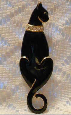 Vintage Black Enamel Cat Brooch by Trifari