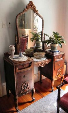 Furniture Styles, Unique Furniture, Shabby Chic Furniture, Furniture Decor, Bedroom Furniture, Bedroom Decor, Rustic Furniture, Victorian Furniture, Vintage Furniture
