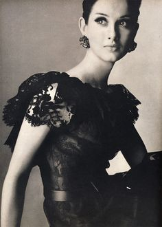 Veronica Hamel in romantic black Chantilly lace dress, ruffled bared in back with black satin tied high on the waist by Shannon Rodgers for Jerry Silverman, photo by Irving Penn, Vogue, March 1964 Irving Penn, 1960s Fashion, Vintage Fashion, Veronica Hamel, Portraits, Mode Vintage, Vintage Style, Chantilly Lace, Vogue Magazine