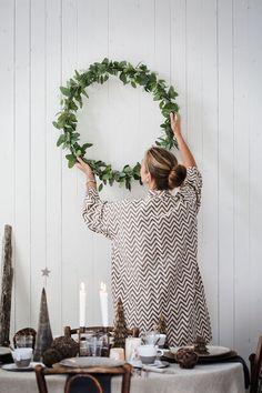 Simple Eucalyptus Wreaths
