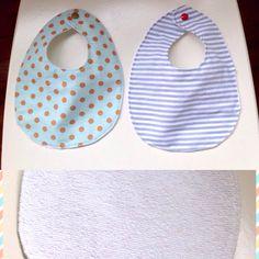 Babetes! Baby bibs! Baby Bibs, Rugs, Etsy, Home Decor, Carpets, Interior Design, Home Interiors, Carpet, Decoration Home