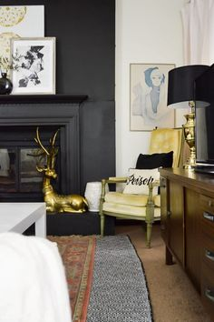 Clever Ways to Finally Upgrade An Old Worn Down or Dated Fireplace Clever Dated finally fireplace Upgrade Ways worn Black Fireplace Mantels, Black Fireplace Surround, White Stone Fireplaces, Vintage Fireplace, Fireplace Shelves, Faux Fireplace, Modern Fireplace, Fireplace Mantle, Fireplace Surrounds