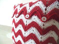 Crochet Cushion Cover - Chevron Pattern (Crochet Arsenal Cushion Cover )