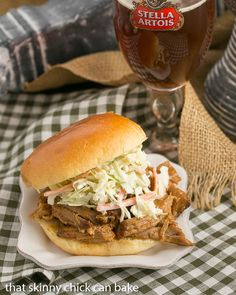 Pulled Pork Sandwiches | Slow roasted pork with an amazingly flavorful dry rub is shredded and mixed with a vinegar based BBQ sauce @lizzydo Chicke Recipes, Pork Recipes, Crockpot Recipes, Cooking Recipes, What's Cooking, Family Recipes, Cooking Ideas, Delicious Recipes