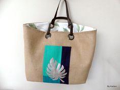 Voici ce que je viens d'ajouter dans ma boutique #etsy : sac cabas XL en toile de jute feuillage exotique https://etsy.me/2E5WTig #sacsetpochettes #beige #anniversaire #fetedesmeres #vert #sac #saccabas #sacbeige #toiledejute