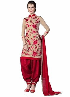 Girls are always fashion conscious from the very young age. They always want themselves to look pretty. We specialized latest salwar kameez designs. Designer Salwar Kameez, Latest Salwar Kameez Designs, Patiala Salwar Suits, Shalwar Kameez, Designer Sarees, Punjabi Dress, Punjabi Suits, Pakistani Dresses, Indian Dresses