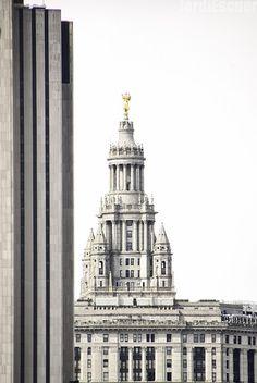 Manhattan Municipal Building.  New York City, USA.  February, 2014.