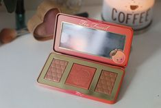 A Paleta de Bronzer, Blush e Iluminador Sweet Peach Glow da Too Faced | Claudinha Stoco - Blog de beleza, moda e lifestyle
