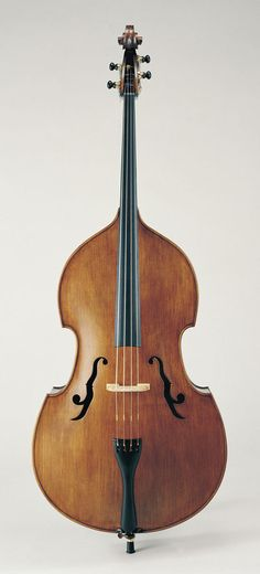 """Emanuel Wilfer, Contrabass """"Solo"""" - """"f"""" holes aren't necessary, just a style. This maker breaks the mold..."""