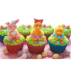 My FAVORITE!!!Easter Cupcakes by Little Cottage Cupcakes  Our Editors' Favorites-#Easter #Cupcakes