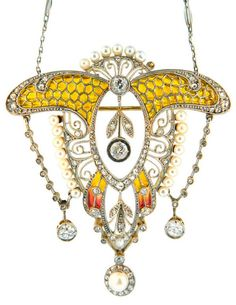 *Art Nouveau Plique-a-Jour Natural Pearl Diamond Gold Platinum Pendant, A stunning and original French Art Nouveau Plique A Jour Masterpiece. This wonderful brooch/pendant is made out of Platinum, Gold, Diamonds, Natural pearls, and Plique A Jour enamel. French hallmarks.