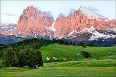 Alpi di Siusi - Enrosadira su Sassolungo e Sassopiatto