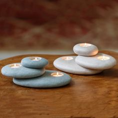 Stone Candle Holder Place a few Citronella Tea Lights for pretty bug-free seating! Stacked Stone Candle HolderPlace a few Citronella Tea Lights for pretty bug-free seating! Candle Holder Set, Tealight Candle Holders, Tea Light Holder, Concrete Candle Holders, Candle Stand, Stone Crafts, Rock Crafts, Diy Candles, Tea Light Candles