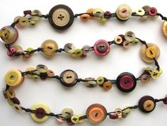 Colourful button necklace! Totally love these by amysbuttonshop on felt. <3 nz $23.00