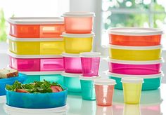 Tupper™ Minis, Snack Cups, Medium Wonders Bowls, Lunch-It® Containers. Back to school basics for everyday of the week. Available through August 12, 2016.