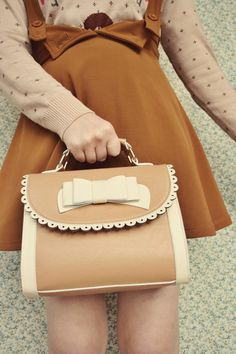 brown and cream little frilly bow girly korean fashion styled handbag Cute Purses, Purses And Bags, Women's Bags, Cute Fashion, Vintage Fashion, Kawaii Fashion, Inspiration Mode, Cute Bags, Classy And Fabulous