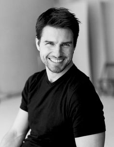 Tom Cruise,(born July is an American actor and producer. He started his career at age 19 in the film Endless Love Katie Holmes, Nicole Kidman, Cameron Diaz, Rain Man, Interview With The Vampire, Actrices Sexy, Z Cam, Actrices Hollywood, Top Gun