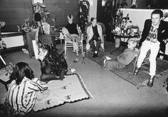 Caroline Coon, Johnny Rotten, Soo Catwoman, Debbie Juvenile, and Joe Strummer photographed by Bob Gruen