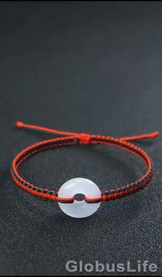 Diy Bracelets Video, Diy Bracelets Patterns, Diy Friendship Bracelets Patterns, Handmade Bracelets, Handmade Jewelry, Diy Crafts Hacks, Diy Crafts Jewelry, Diy Crafts For Gifts, Bracelet Crafts