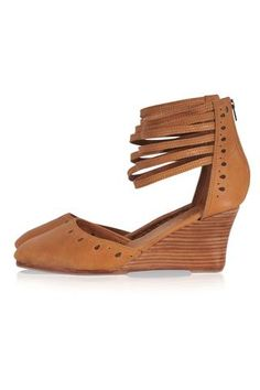 Tan leather womens shoes