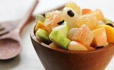 Salata de fructe perfecta in 10 pasi - Femeia.ro