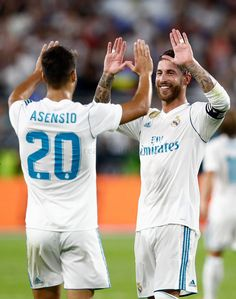 Sergio Ramos and Marco Asensio Real Madrid Real Madrid Football Club, Real Madrid Players, Best Football Team, Isco, Soccer Guys, Football Players, Gareth Bale, Lionel Messi, Fc Barcelona