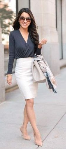 15 Stunning Casual Work Outfits For Women - Eweddingmag.com Stylish Work Outfits, Work Casual, Casual Outfits, Young Work Outfit, Cropped Blazer, Winter Jackets Women, Office Fashion, Get Dressed, Dresses For Work